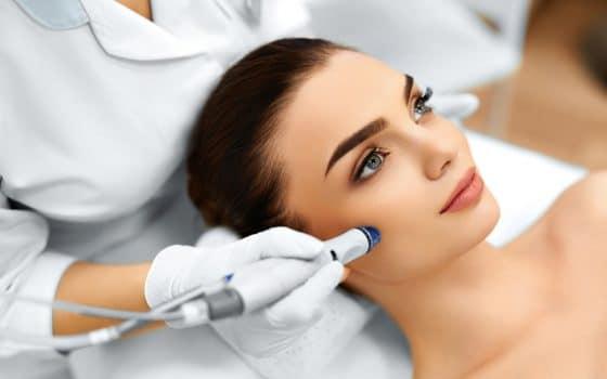 HydraFacial™Hollywood-Treatment für Jerdermann @Unisex Beauty